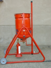 Umfüllgestell für Handwerkerflasche Propan 425g (1l Volumen)